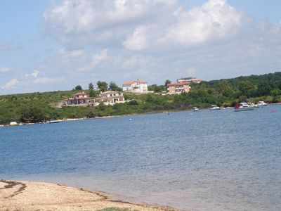 Photo for Apartment in a quiet area just 130 meters from the sea - Medulin
