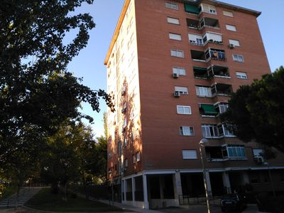 Photo for Apartment with 4 double bedrooms, garage, elevator, exterior, very bright, WIFFI