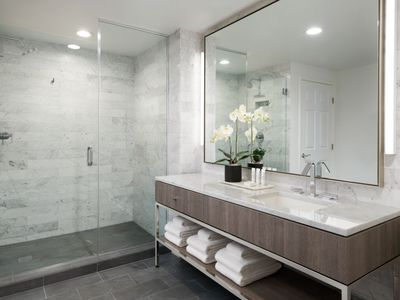 Photo for Apartment AKA Beverly Hills in Beverly Hills - 5 persons, 2 bedrooms