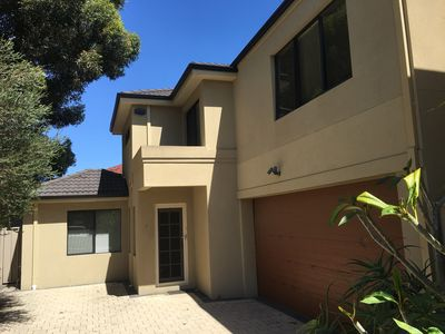 Photo for Rivervale Modern Townhouse 4x3