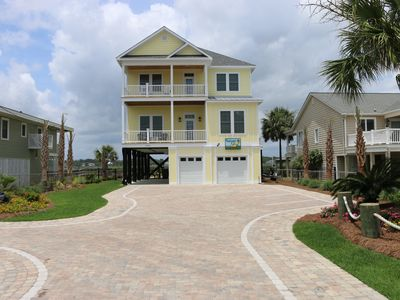 Photo for Reel-axin': 6  BR, 6.5  BA House in Garden City Beach, Sleeps 15