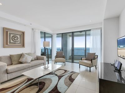 Photo for Level 30 2 bedroom direct ocean views