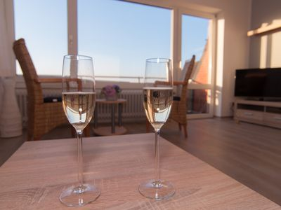 Photo for Bright, spacious, completely renovated apartment for 4 people, close to the center