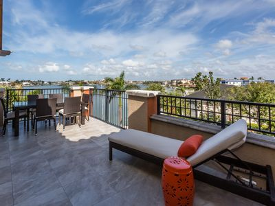 Photo for Panoramic Waterfront View of Smoke House Bay (The Esplanade) 2Bed+ Den/3Bath