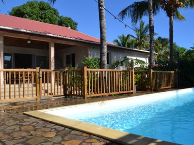 Photo for Villa in Saint-Pierre in enclosed garden with private pool