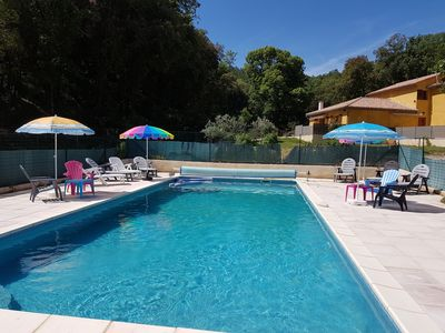 Photo for Between forest and vineyards L'Arbousier ***, 120m2, 3 bedrooms, swimming pool, from 6 to 9 pers