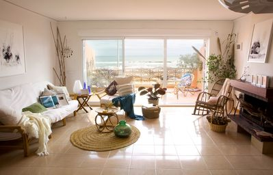 Photo for Beautiful Beachfront House in Valencia, Spain. Pool and Internet