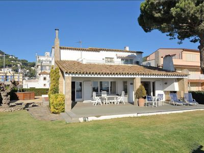 Photo for HOLIDAY HOUSE ON THE BEACH 8 PEOPLE 4 BEDROOMS 2 BATHROOMS FREE WIFI