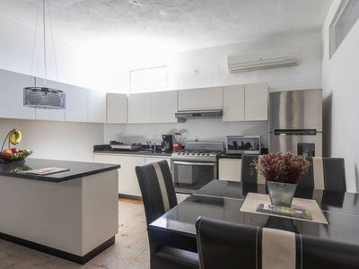 Photo for Central apartment with a private terrace! 15 min. walk to the Malecon