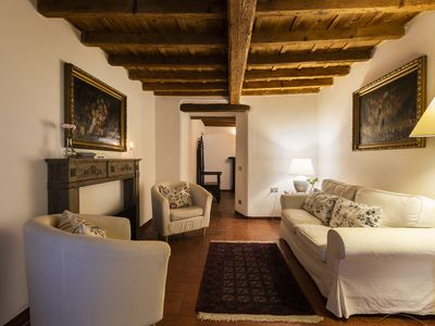 Photo for Carlotta - Lovely apartment with terrace in Florence