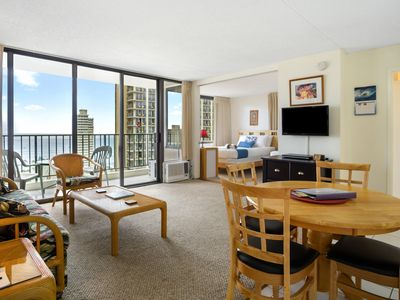 Photo for Darmic Waikiki Banyan: Ocean View  |  21st  floor  |  1 bdrm  | FREE wifi and parking  | AC | Quality amenities | Only 5 mins walk to the beach!