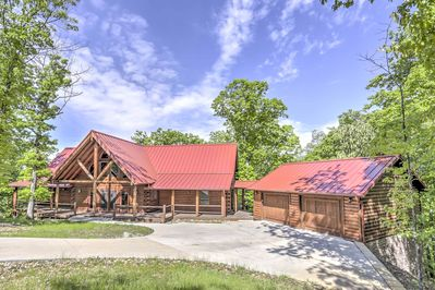 Experience the luxuries of home when you stay at this vacation rental cabin!