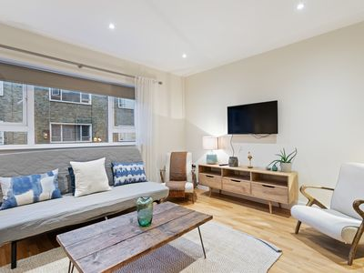 Photo for (3) Chic 3 bed 2.5 bath in heart of South Kensington