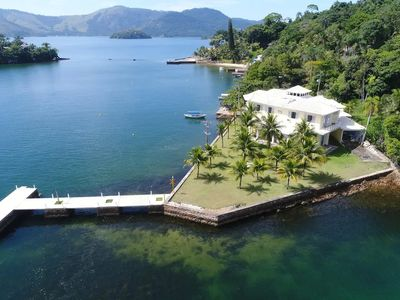Photo for Mansion on a paradise island in Angra dos Reis.