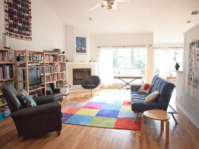 Photo for Sunny modern home close to downtown, restaurants, bars, greenbelt