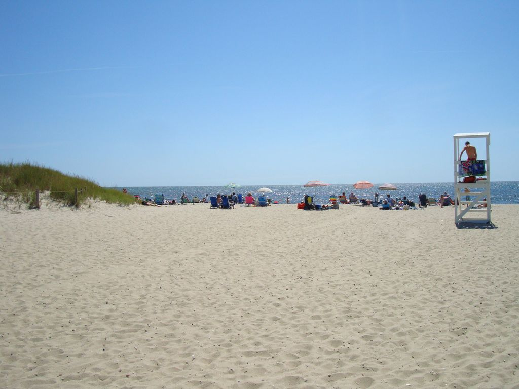 wellfleet summer cape cottage classic beach summers here rental breezes cod sea begin cottages rose
