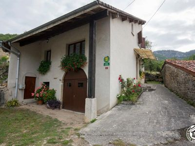 Photo for Gite Bolozon, 4 bedrooms, 8 persons
