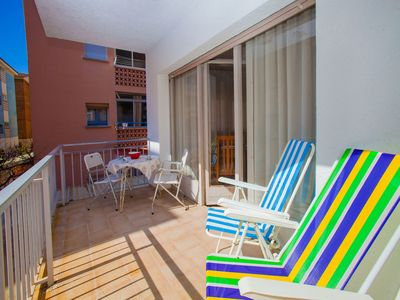 Photo for Beautiful apartment for 6 people with WIFI, TV and balcony