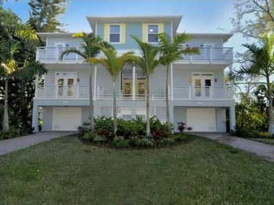 Photo for LUXURIOUS + SUNNY BRADENTON GET AWAY IN WALKING DISTANCE TO ANNA MARIA ISLAND
