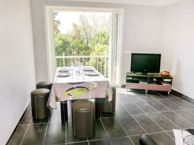 Photo for Apartment Boutin in Le Lavandou - 4 persons, 2 bedrooms