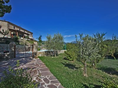 Photo for Lovely house with pool, wi-fi, pet-friendly countryside, Le Marche -CASALE GIADA