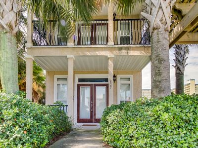 Photo for Gorgeous home w/ Gulf views & entertainment - walk to beach, snowbirds welcome!