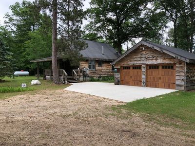 3BR Cabin Vacation Rental in Luther, Michigan #2069996