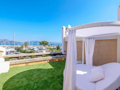 Photo for Luxurious villa with Turkish bath, gym, harbor views and Japanese garden