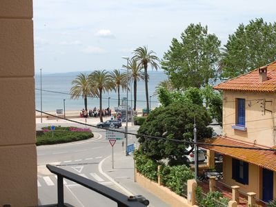 Photo for Ideally located 2 steps from the beach and boardwalk. 35m2 for 4 pers .: 2 beds x 90 + x