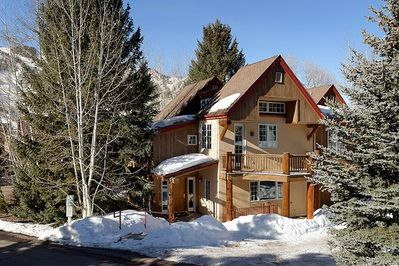 Exterior view of our mountain home.