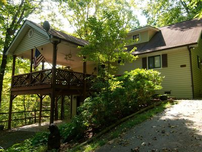 Photo for 3 Bedroom 2 bath Home, Easy Access, Covered Porch, Diligent Views & Internet