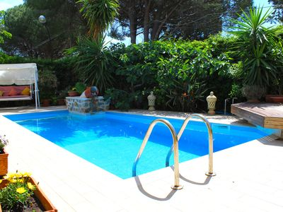 Photo for BEAUTIFUL Villa with PRIVATE POOL just a few meters from the sea!
