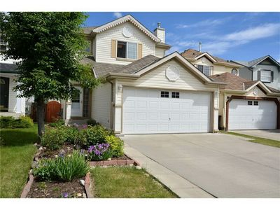 Photo for Nice 4 bedrooms house SW Calgary nearby the Spruce Meadows Park