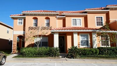 Photo for 3BR/3BA Townhome, 1.5 miles to Disney