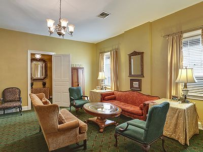 Photo for Bourbon Street 3BR Condo with Balcony
