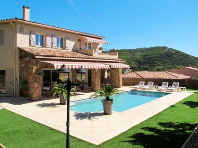 Photo for Vacation home in Taradeau, Côte d'Azur hinterland - 8 persons, 4 bedrooms