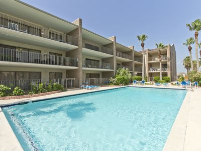 Affordable Beach Condo with Pool & Hot Tub! Walk to the Beach!