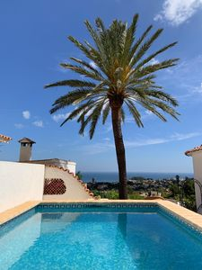 Photo for 4 bedroomed villa split into 2 apartments with gorgeous views of the sea.