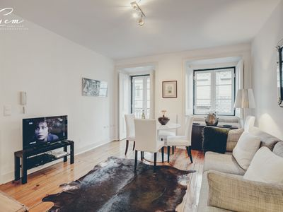 Photo for Fantastic apartment in the old town of Lisbon, capacity 7 people