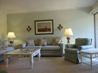 Photo for Inviting casual villa with pleasing accommodations!