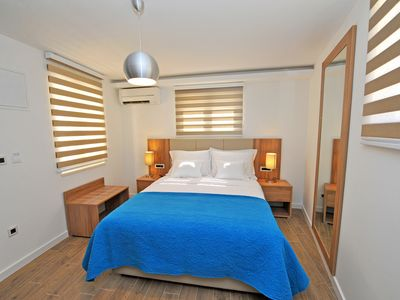 Photo for Vida Residence offers 4 stars Family rooms located in the center of Split