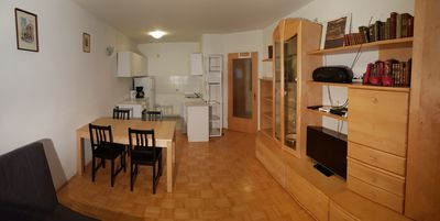 Photo for Centrally located apartment with 2 separate walk-in rooms parking lot on request