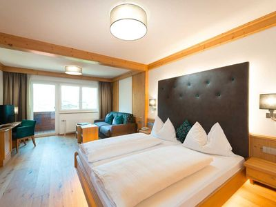 Photo for south-facing Rauriser Urquellzimmer with closed bathroom - Hotel Alpina ****