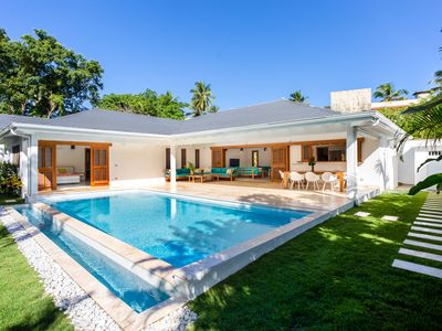 Photo for Fabulous, private modern villa with pool close to beach location, sleeps 10