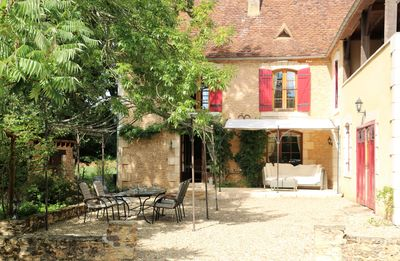 "Photo for ""Beau Rivage"": Charming Stone House on the banks of the Dordogne (8 people)"