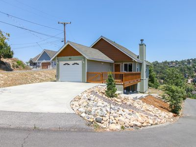 Photo for Peaceful hillside home w/mountain & forest views, sleepy location