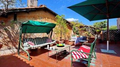 Photo for Rome, Trastevere, apartment for 5 people with amazing terrace