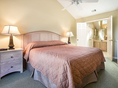 Photo for Luxury 3 BR Villa, Amenities Included