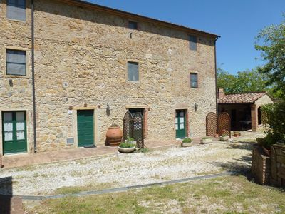 Photo for PRETTY APARTMENT INSERTED IN TYPICAL TUSCAN RUSTIC
