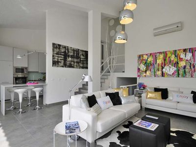 Photo for Three Bedroom Duplex Apartment overlooking Vilamoura Marina with communal pool QD01